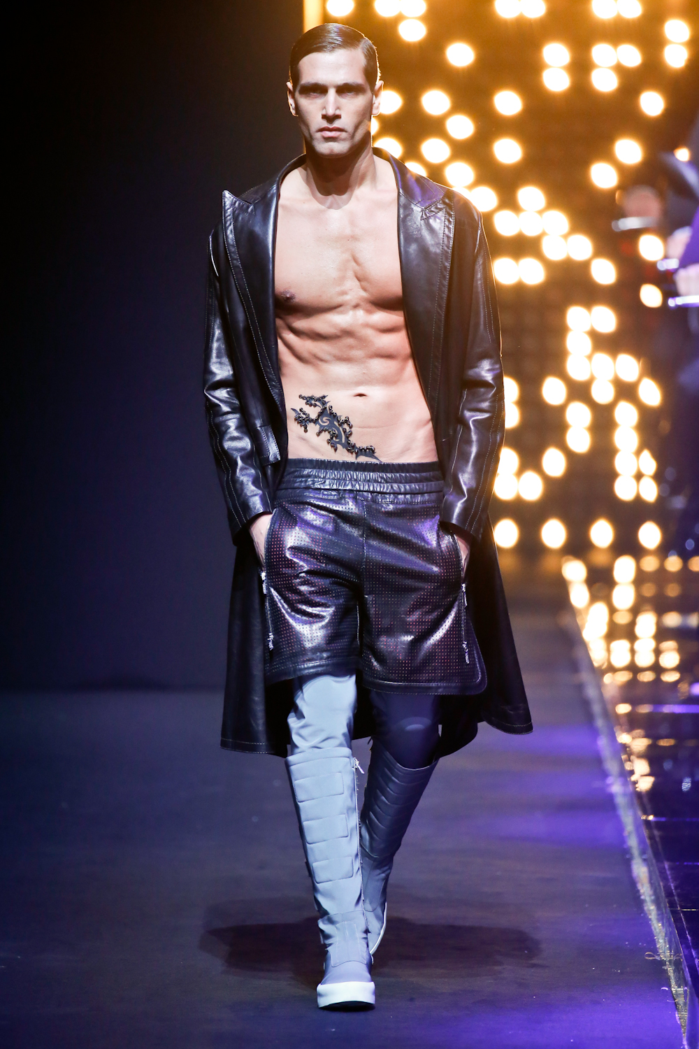 DIRK BIKKEMBERGS -  Fall Winter 2016/17